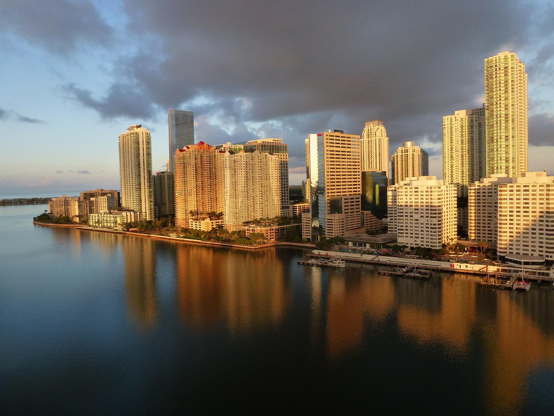 Aspectos clave y trámites para comprar una casa en Miami